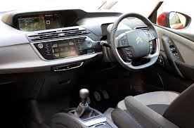 Citroen Grand C4 Picasso interior 2