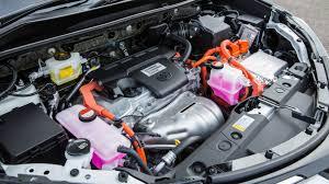Motoring trend 5 Totoya Petrol Hybrid engine view