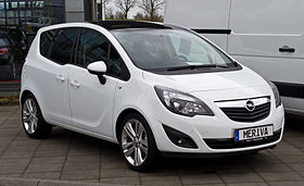 Opel Meriva 5 1st Gen white front and side view