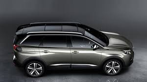 Family car 2 Peugeot 5008 grey, side view
